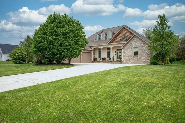 720 WILLOW POINTE NORTH Drive N Plainfield IN 46168 | MLS 21710266 | photo 1