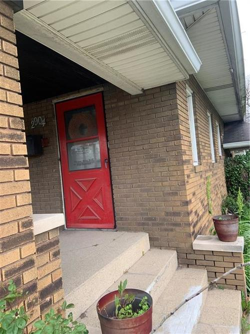2904 W 16th Street Indianapolis IN 46222 | MLS 21710310 | photo 3