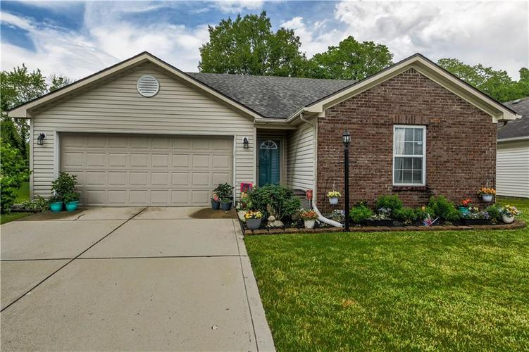 7702  Wood Stream Drive Indianapolis, IN 46239 | MLS 21710316