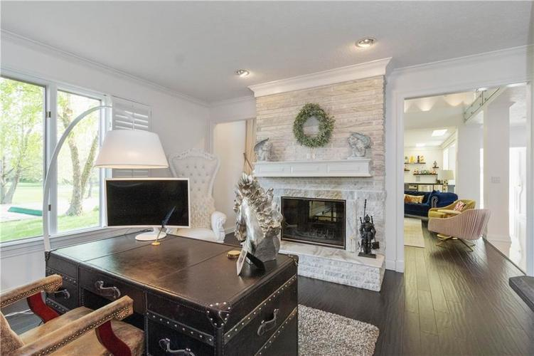 6758 Perrier Court Indianapolis IN 46278 | MLS 21710343 | photo 10