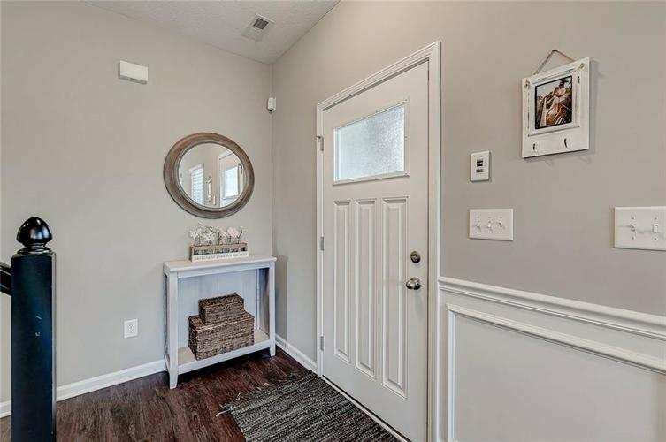 8839 Fielding Lane Indianapolis IN 46239 | MLS 21710368 | photo 11