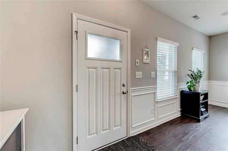 8839 Fielding Lane Indianapolis IN 46239 | MLS 21710368 | photo 12