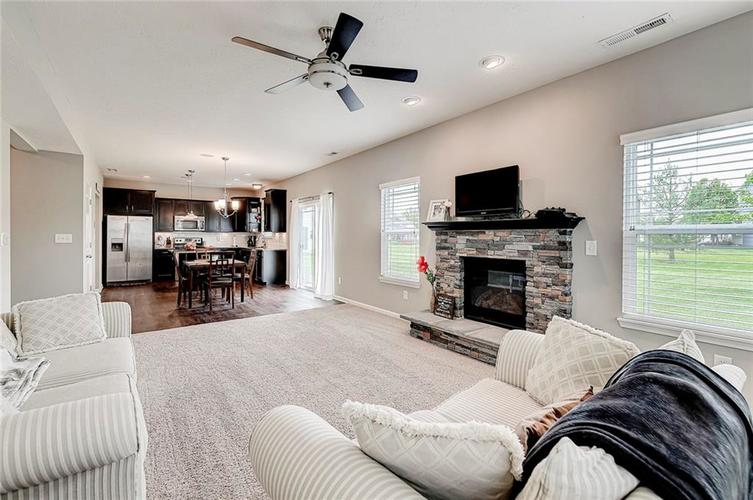 8839 Fielding Lane Indianapolis IN 46239 | MLS 21710368 | photo 17