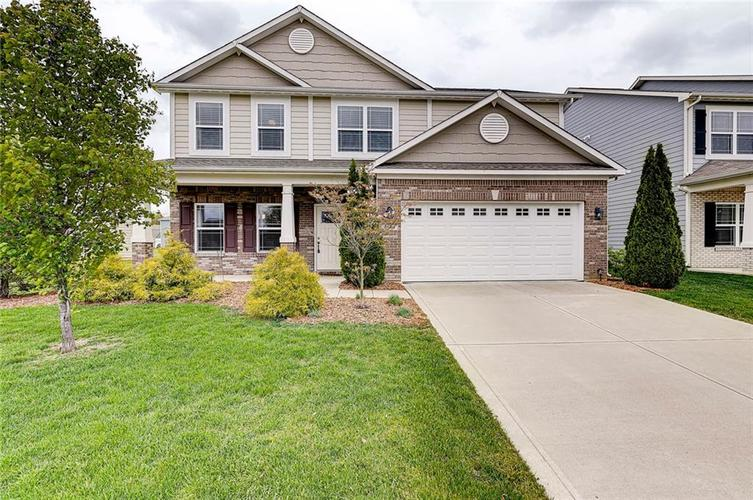 8839 Fielding Lane Indianapolis IN 46239 | MLS 21710368 | photo 2