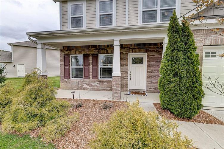 8839 Fielding Lane Indianapolis IN 46239 | MLS 21710368 | photo 3