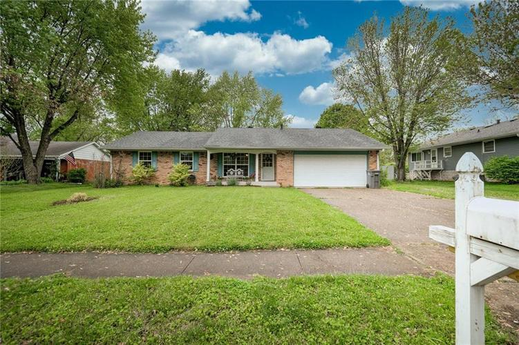 4014 E Stop 10 Road Indianapolis IN 46237 | MLS 21710473 | photo 1