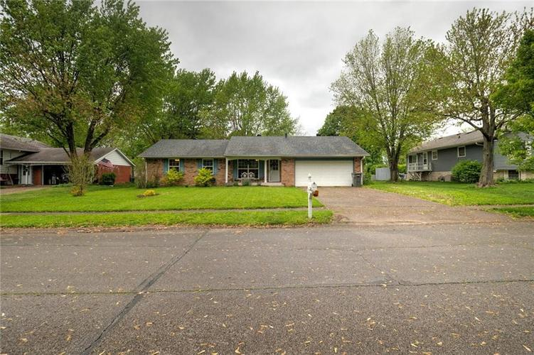 4014 E Stop 10 Road Indianapolis IN 46237 | MLS 21710473 | photo 2