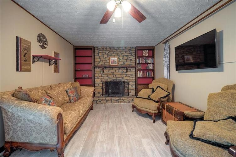 4014 E Stop 10 Road Indianapolis IN 46237 | MLS 21710473 | photo 20