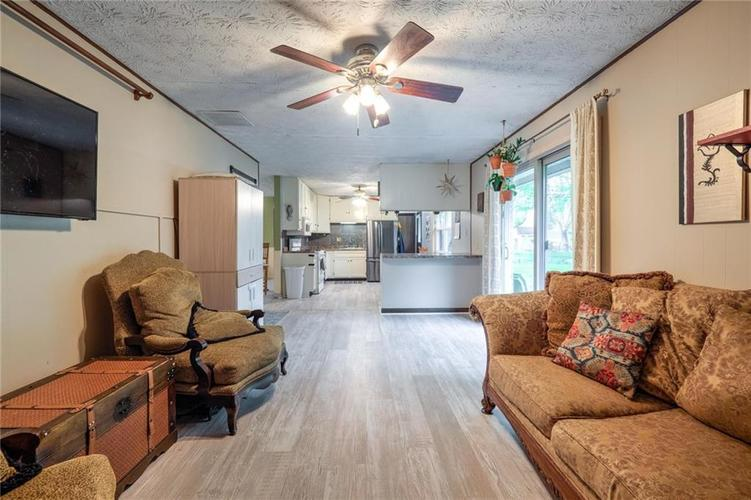 4014 E Stop 10 Road Indianapolis IN 46237 | MLS 21710473 | photo 22