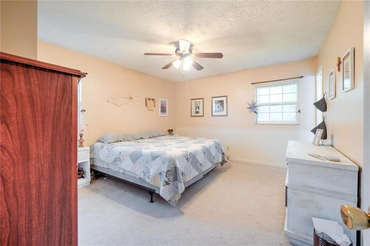 4014 E Stop 10 Road Indianapolis IN 46237 | MLS 21710473 | photo 24
