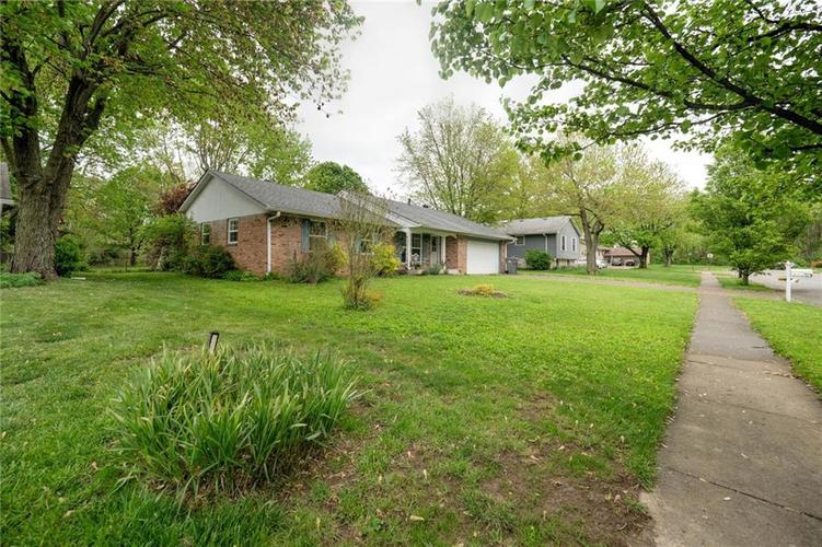 4014 E Stop 10 Road Indianapolis IN 46237 | MLS 21710473 | photo 4