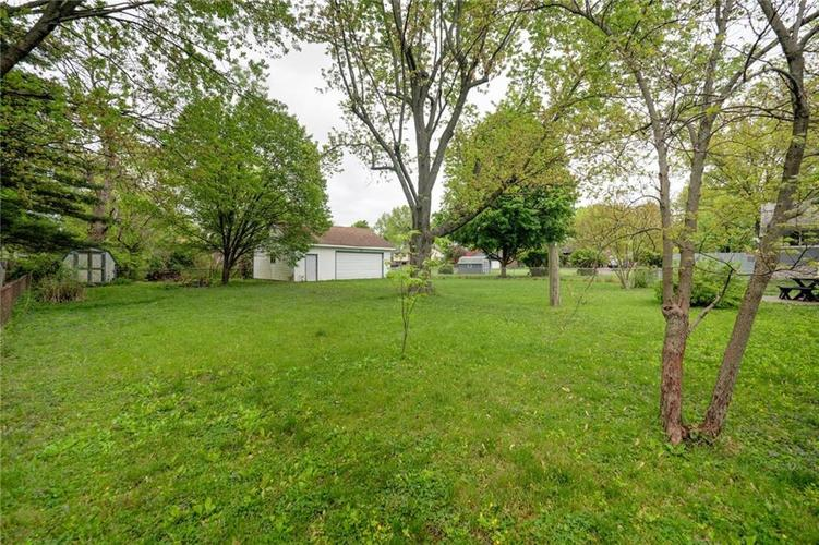 4014 E Stop 10 Road Indianapolis IN 46237 | MLS 21710473 | photo 47