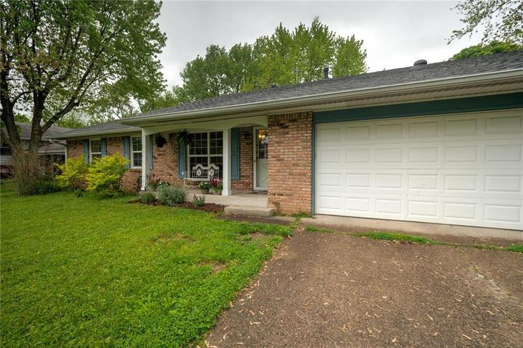 4014 E Stop 10 Road Indianapolis IN 46237 | MLS 21710473 | photo 5