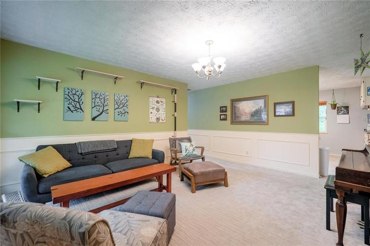 4014 E Stop 10 Road Indianapolis IN 46237 | MLS 21710473 | photo 7