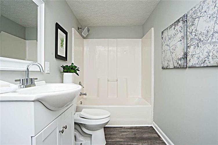 2028 N Bolton Avenue Indianapolis IN 46218 | MLS 21710488 | photo 12