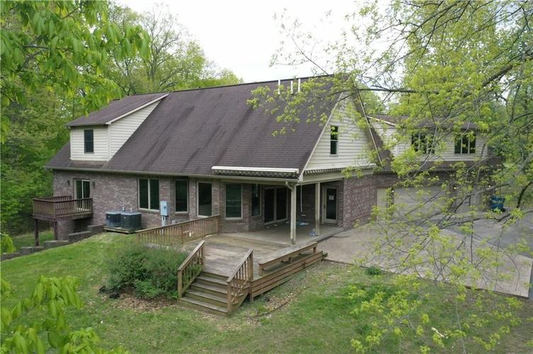 6300 W Crooked Creek Drive Martinsville IN 46151 | MLS 21710505 | photo 2