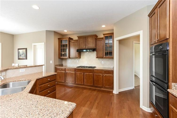 16556 Anderson Way Noblesville IN 46062 | MLS 21710564 | photo 10