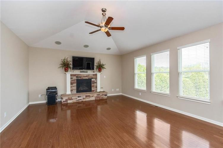 16556 Anderson Way Noblesville IN 46062 | MLS 21710564 | photo 6