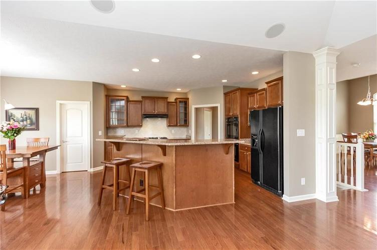 16556 Anderson Way Noblesville IN 46062 | MLS 21710564 | photo 8