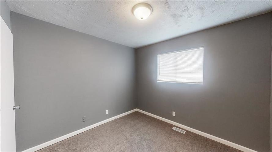 5324 HONEY MANOR Drive Indianapolis IN 46221 | MLS 21710577 | photo 16