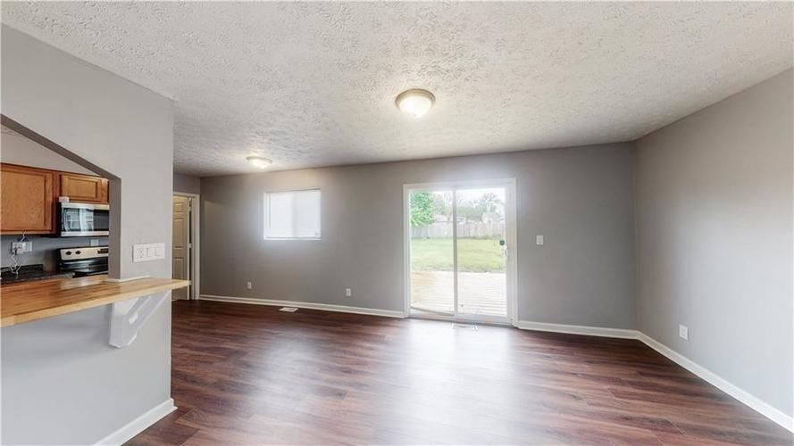 5324 HONEY MANOR Drive Indianapolis IN 46221 | MLS 21710577 | photo 21