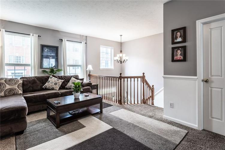 9089 Rider Drive Fishers IN 46038 | MLS 21710587 | photo 10