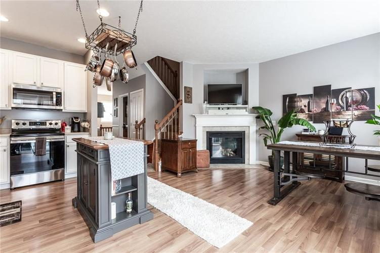 9089 Rider Drive Fishers IN 46038 | MLS 21710587 | photo 16