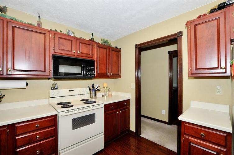 5981 Hall Road Plainfield IN 46168 | MLS 21710605 | photo 11