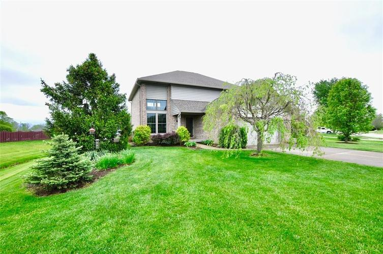 5981 Hall Road Plainfield IN 46168 | MLS 21710605 | photo 2