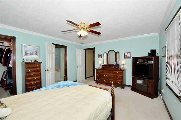 5981 Hall Road Plainfield IN 46168 | MLS 21710605 | photo 22
