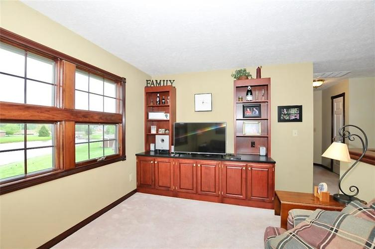 5981 Hall Road Plainfield IN 46168 | MLS 21710605 | photo 28
