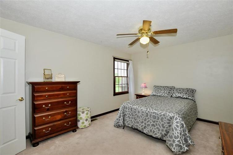 5981 Hall Road Plainfield IN 46168 | MLS 21710605 | photo 33