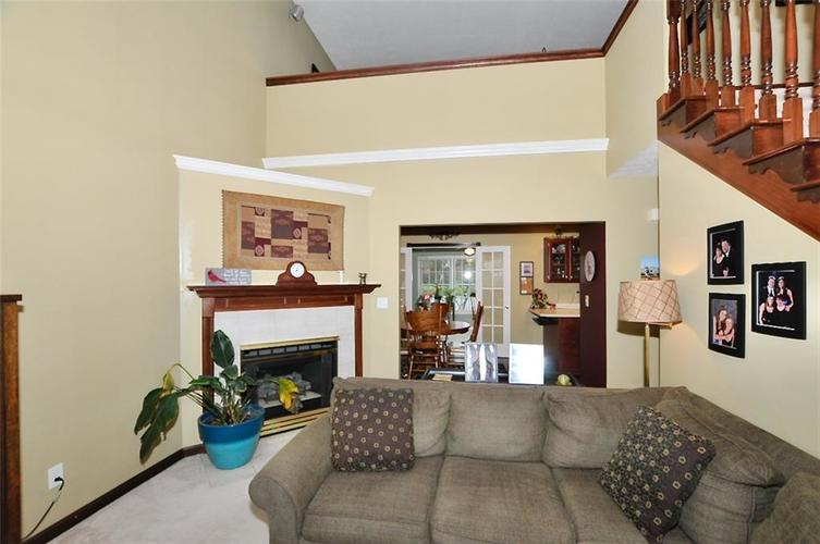 5981 Hall Road Plainfield IN 46168 | MLS 21710605 | photo 4