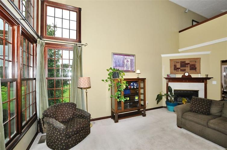 5981 Hall Road Plainfield IN 46168 | MLS 21710605 | photo 5