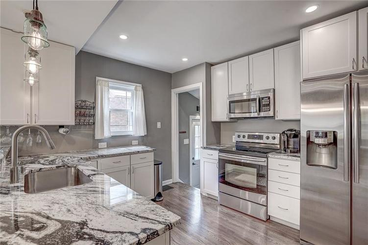 6038 Haverford Avenue Indianapolis IN 46220 | MLS 21710647 | photo 14
