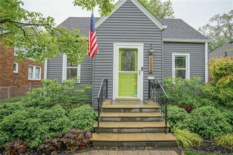 6038 Haverford Avenue Indianapolis IN 46220 | MLS 21710647 | photo 2