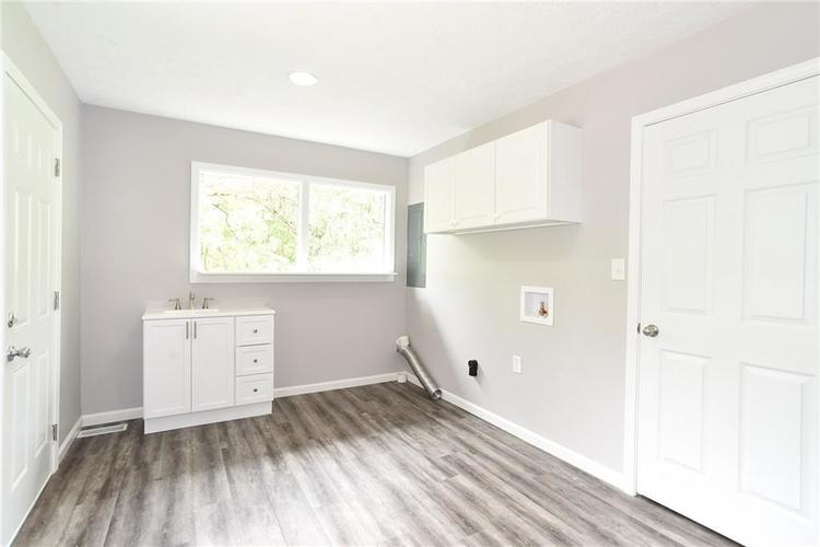 5550 N Franklin Road Indianapolis IN 46226 | MLS 21710651 | photo 25