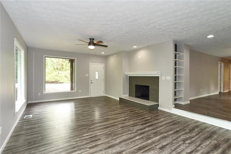 5550 N Franklin Road Indianapolis IN 46226 | MLS 21710651 | photo 4