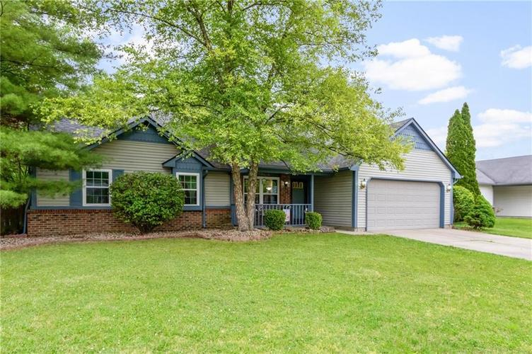 7533 CHRIS ANNE Drive Indianapolis IN 46237 | MLS 21710657 | photo 1