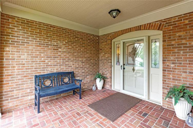 7924 Beaumont Green Place Indianapolis IN 46250 | MLS 21710669 | photo 12