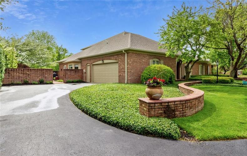 7924 Beaumont Green Place Indianapolis IN 46250 | MLS 21710669 | photo 5