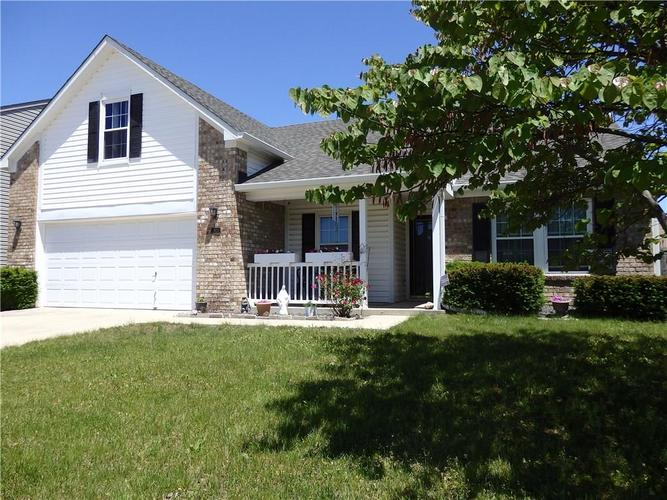 2923 Angelina Drive Indianapolis IN 46203 | MLS 21710679 | photo 1