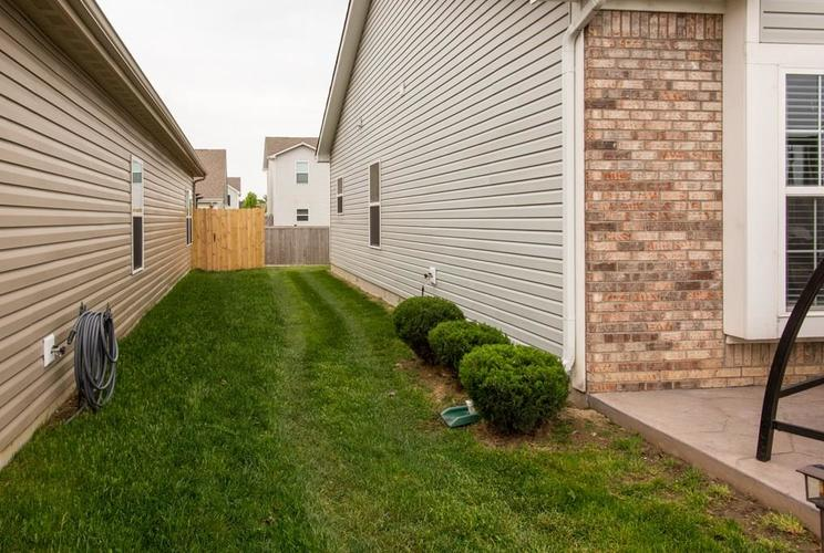 11207 Seabiscuit Drive Noblesville IN 46060 | MLS 21710685 | photo 23