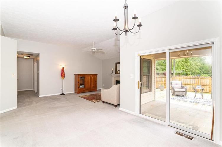 10808 Oyster Bay Court Indianapolis IN 46236 | MLS 21710717 | photo 10
