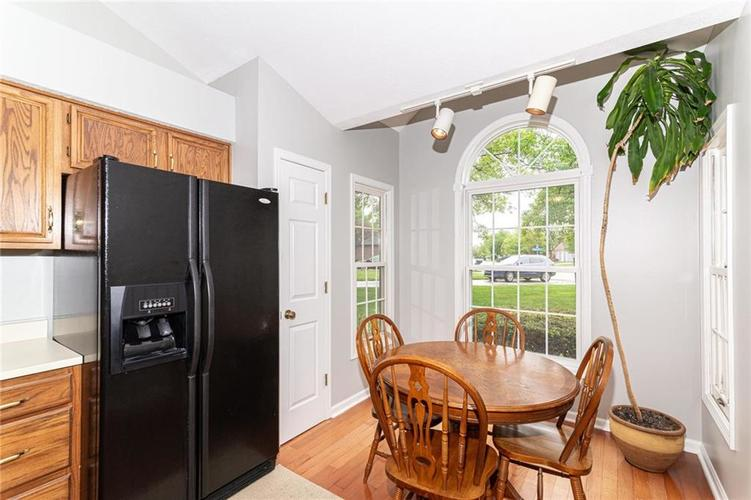 10808 Oyster Bay Court Indianapolis IN 46236 | MLS 21710717 | photo 11