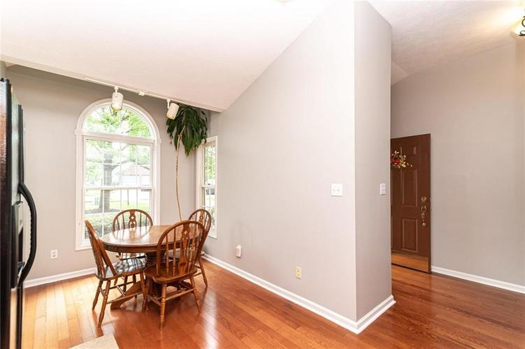 10808 Oyster Bay Court Indianapolis IN 46236 | MLS 21710717 | photo 17