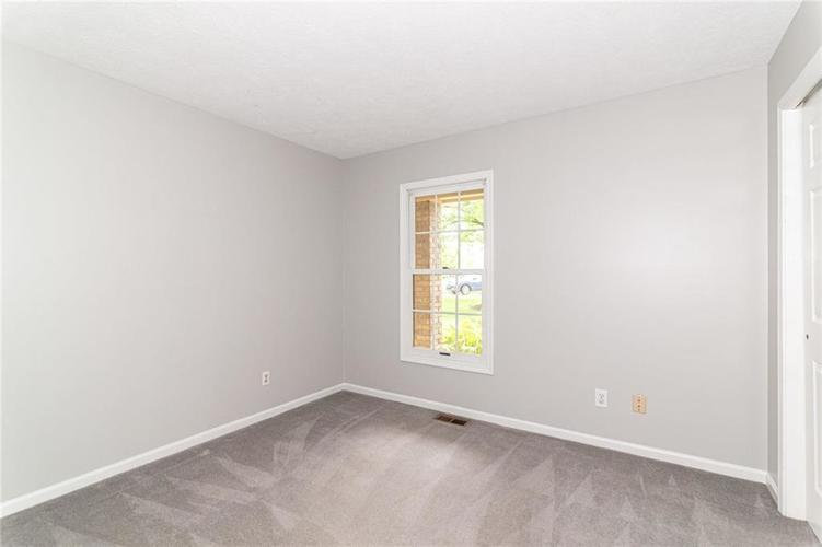 10808 Oyster Bay Court Indianapolis IN 46236 | MLS 21710717 | photo 24