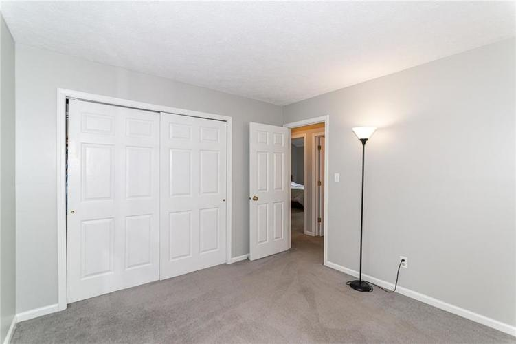 10808 Oyster Bay Court Indianapolis IN 46236 | MLS 21710717 | photo 26