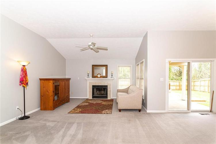 10808 Oyster Bay Court Indianapolis IN 46236 | MLS 21710717 | photo 4