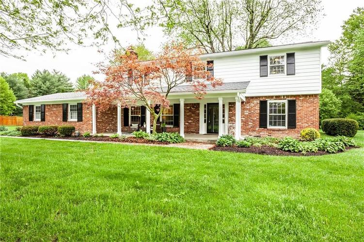8812 Dunsmuir Drive Indianapolis IN 46260 | MLS 21710752 | photo 3